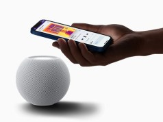 iPhone 12 con el HomePod mini