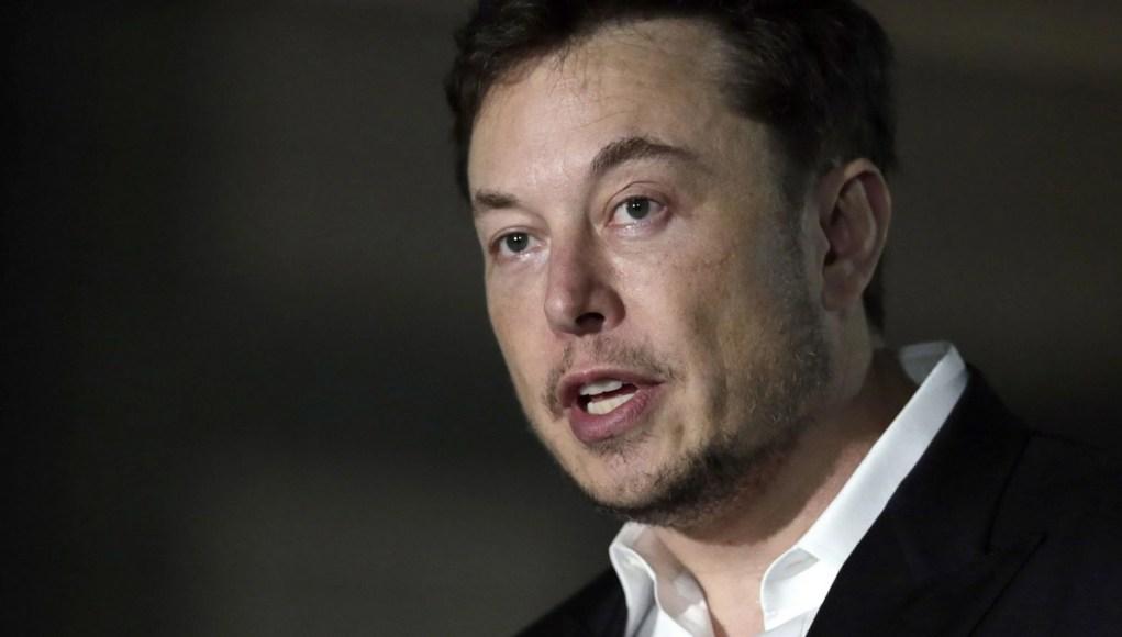 Elon Musk intentó vender Tesla a Apple hace unos años