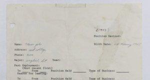 Una solicitud de empleo de Steve Jobs se vende en una subasta por 343.000 $