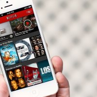 Netflix updated for iPhone 5 and iOS 6