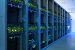 データセンターのサーバ群