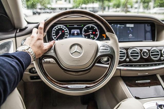 steering-wheel-801994_1920.jpg
