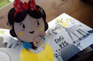 圓圓的白雪公主也很可愛 A Pop-Up Fairytale: Snow White 誰說漂亮只有一種樣貌