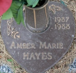 Amber Hayes headstone