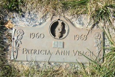 patricia-veach-gravestone-600px