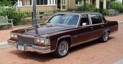 1981-dark-brown-fleetwood-cadillac-maurice-kneifl