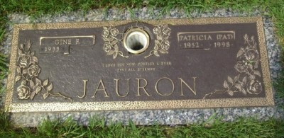 Patricia Jauron headstone