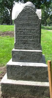 Deborah Simmons' tombstone