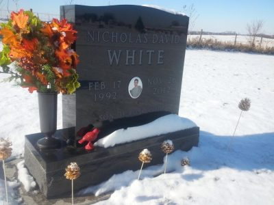 nick-white-gravestone-findagrave