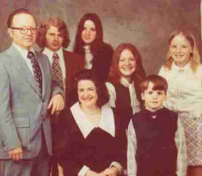 ike-and-carolyn-nimmo-family-findagrave