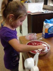preparing_raspberry_crisp