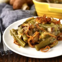 Gluten-Free Green Bean Casserole with Garlic-Butter Mushrooms and Crispy Shallots (No Condensed Soup)