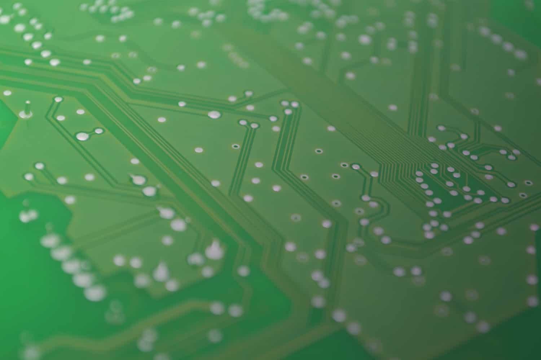 """Zum Thema """"Gedruckte Elektronik im Interet der Dinge (IoT)"""": PCB, Leiterplatte"""