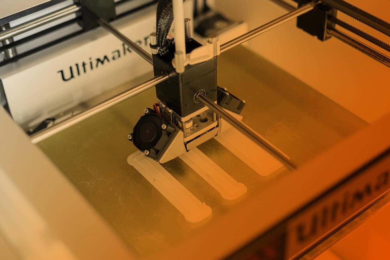 3D Druck Rapid Prototyping orange