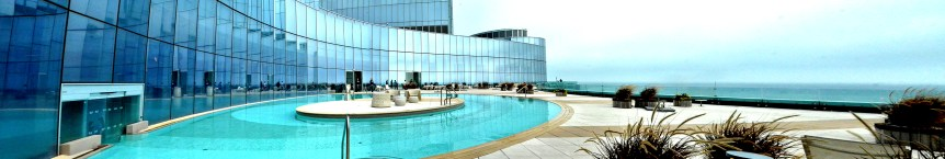 Revel-Pool_Panorama72.dpi