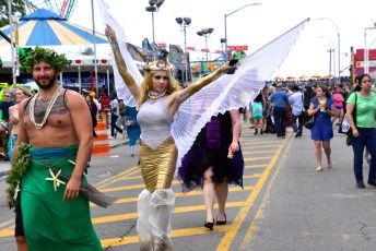 Mermaid Parade-2015-2 - 08