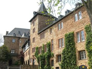 Burg Blankenheim, the Castle of Blankenheim, Eifel region, Ahr valley, youth hostel, Germany