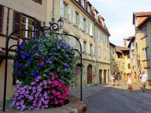 Beaulieu-sur-Dordogne, France, historical centre, old city, Dordogne valley