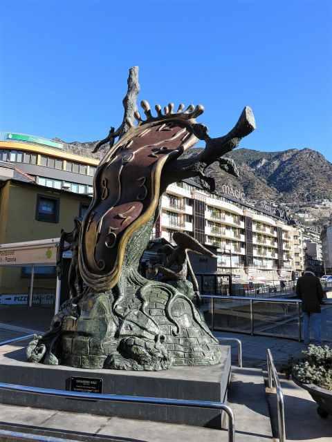 La Noblesse du temps - Dalí - Andorra la Vella