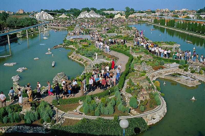 Viaggio nel parco divertimenti Italia in Miniatura