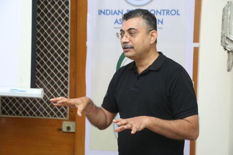 Jayant Dandawate addressing the gathering