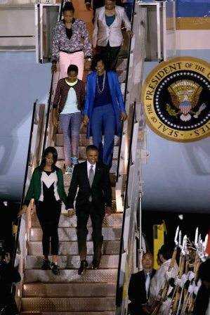 Sasha+Obama+Barack+Obama+Visits+South+Africa