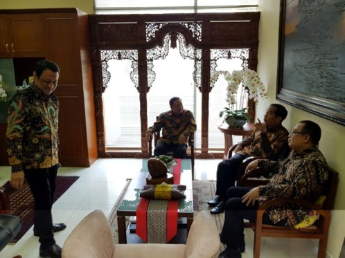 President Joko Widodo at the Presidential Staff Office (Provided by Pramaartha Pode)