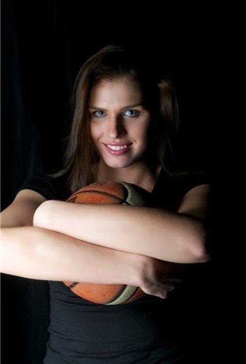 Anna-Petrakova-1