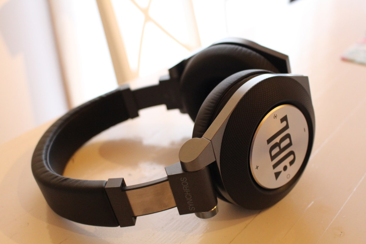JBL E50 BT Kopfhörer