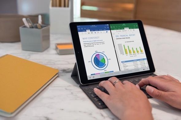 iPad Pro multitasking with office