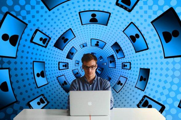 لدى أبل فرصة لبناء شبكة اجتماعية نثق بها
