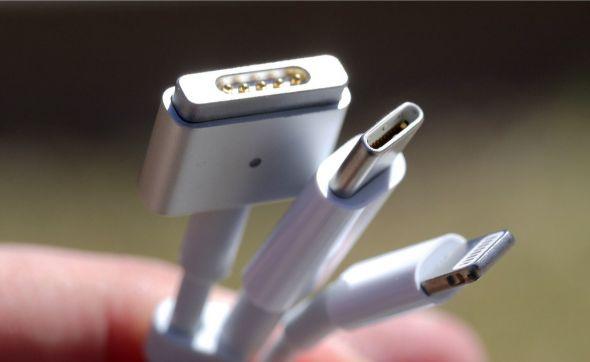 Apple Lightning Port