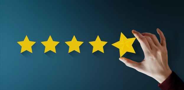 كيف يستغل مطورو التطبيقات حالتك المزاجية للحصول على تقييمات إيجابية