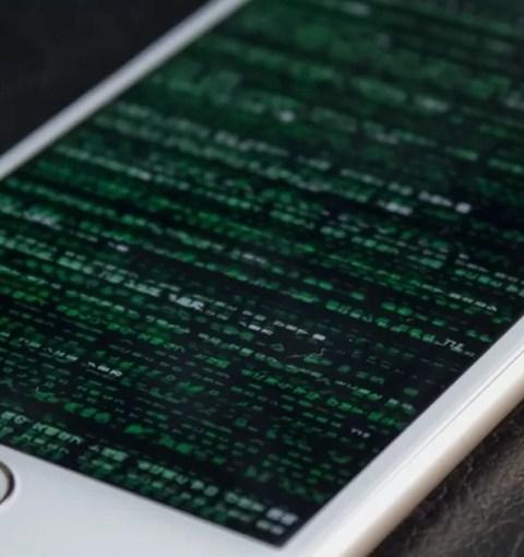 Взломанный iPhone