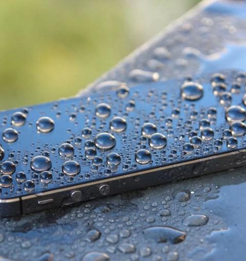 Мокрый iPhone 5