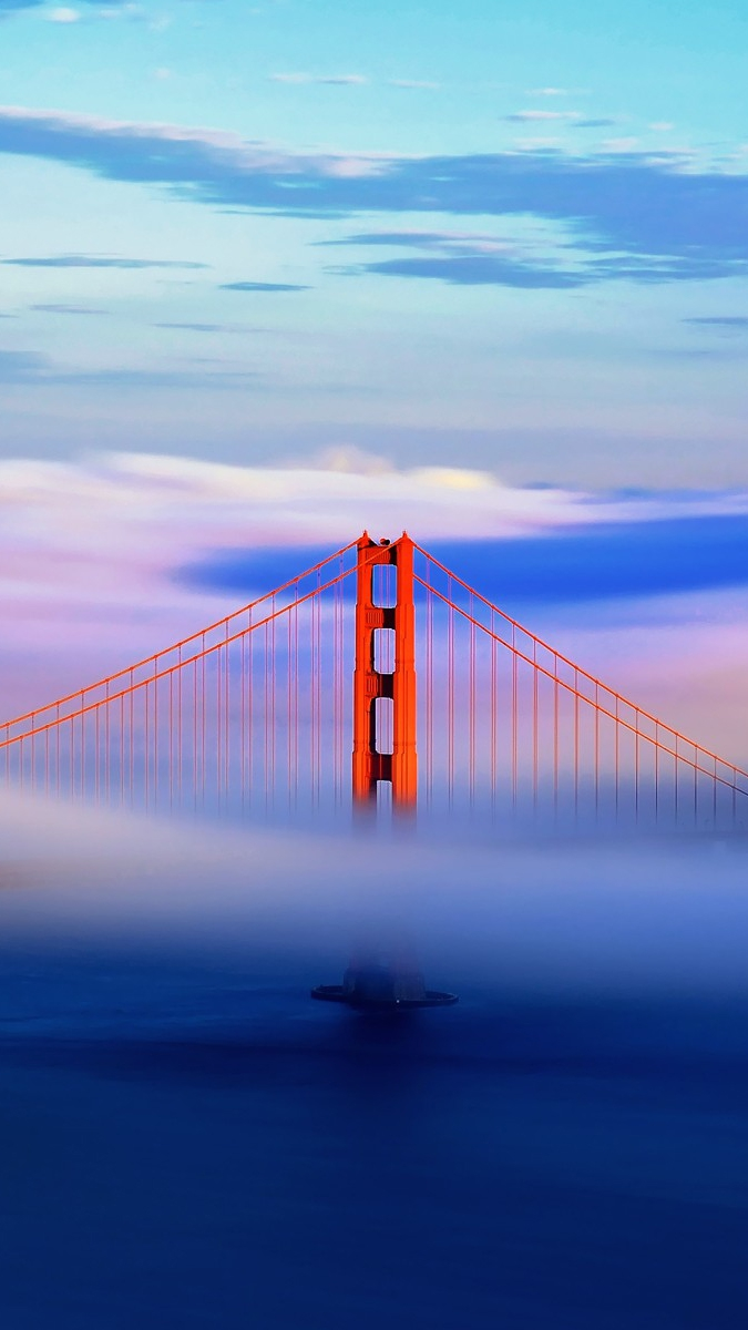 Girls Desk Top Wallpaper Golden Gate Bridge In Clouds Iphone Wallpaper Iphone