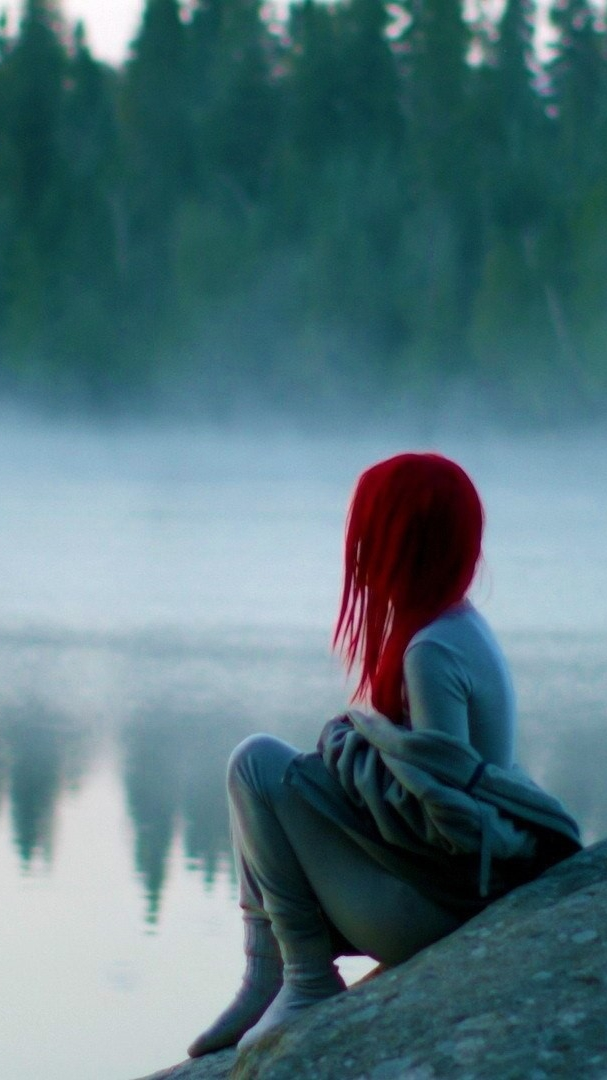 Christmas Anime Girl Wallpaper Red Hairs Girl Sitting Near Lake Iphone Wallpaper Iphone