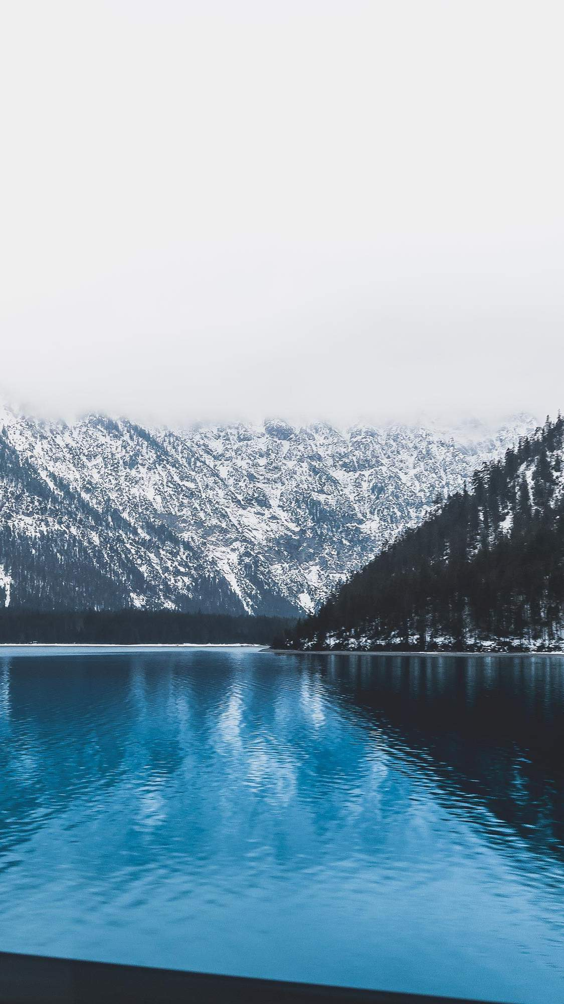 Falling In Love Quotes Wallpapers Blue Lake In Austria Winter Iphone Wallpaper Iphone