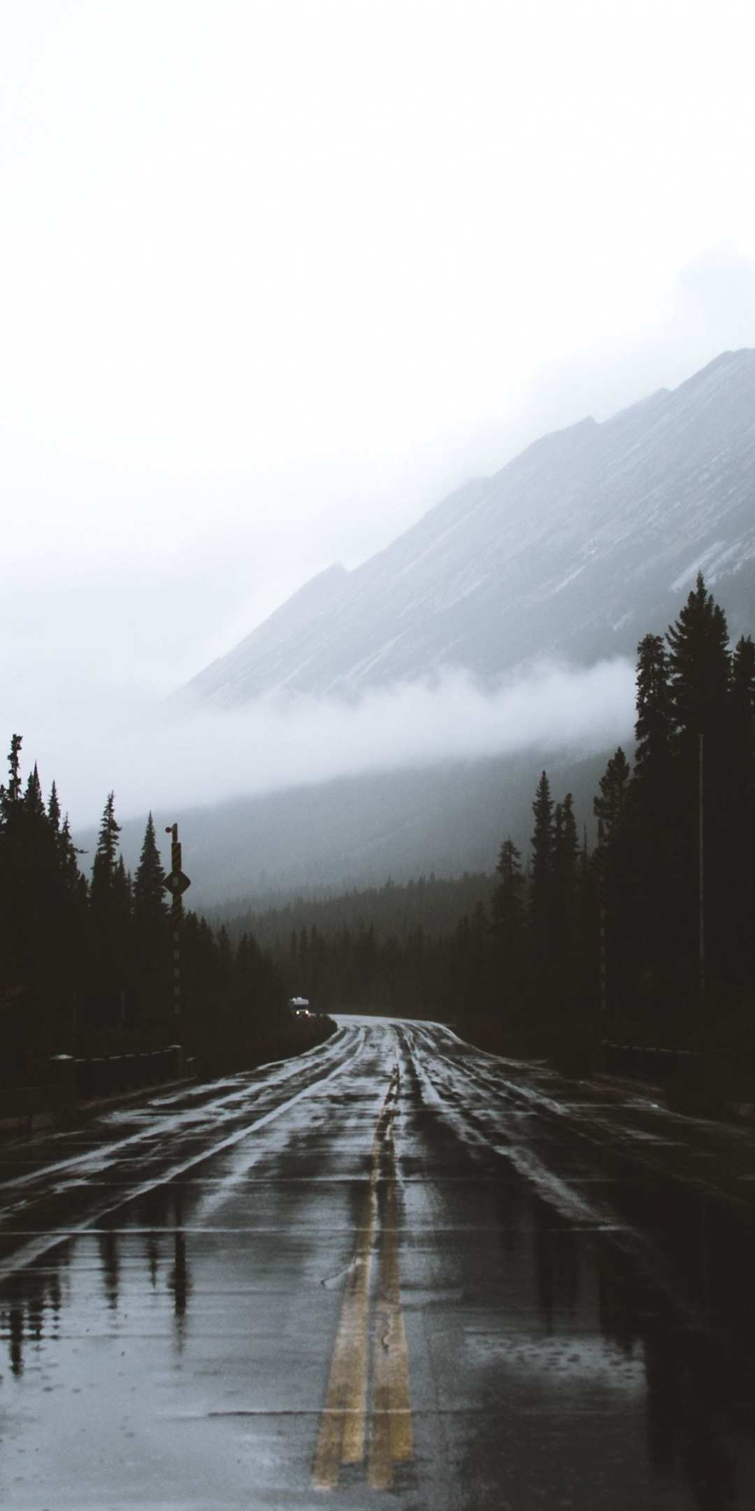 Cute Background Wallpaper Download Alberta Canada Road Rainy Day Iphone Wallpaper Iphone