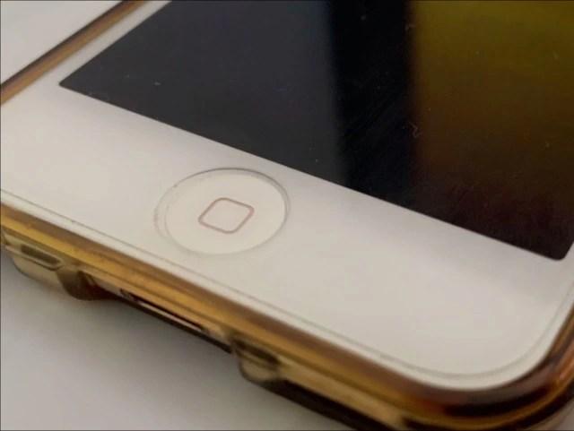 無水エタノールでiPhoneのボタンを掃除する04