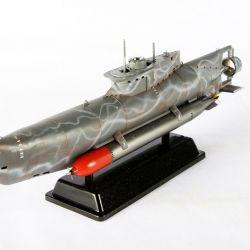 Junior National Champion, Class 92 Gold - German Submarine Type XXVII B Seehund by Paul-Luca Kempeni Chris Ayre - IPMS(UK)