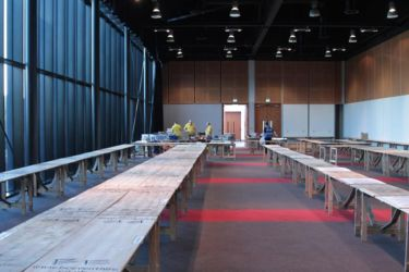 Scale ModelWorld 2016 - Kit Swap tables awaiting arrival of goods- Photo John Tapsell
