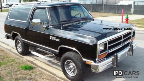 1988 dodge ram car