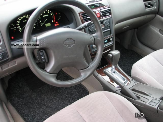 2001 Nissan Maxima QX Elegance  Car Photo and Specs