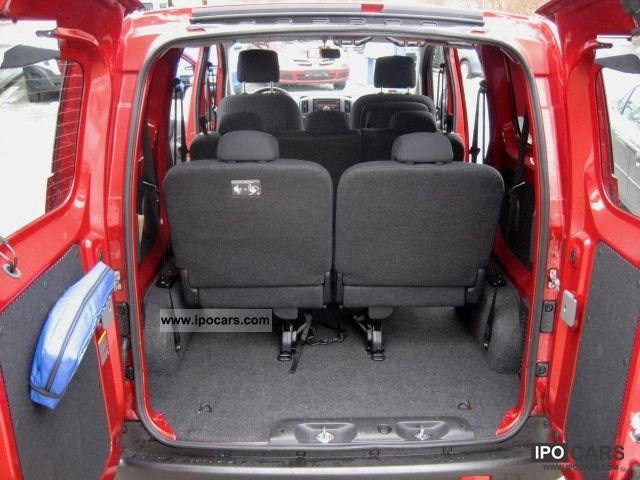 2011 Nissan PREMIUM COMBO NV 200 16V110  Car Photo and Specs