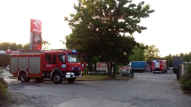 pożar w firmie Apex w Policach