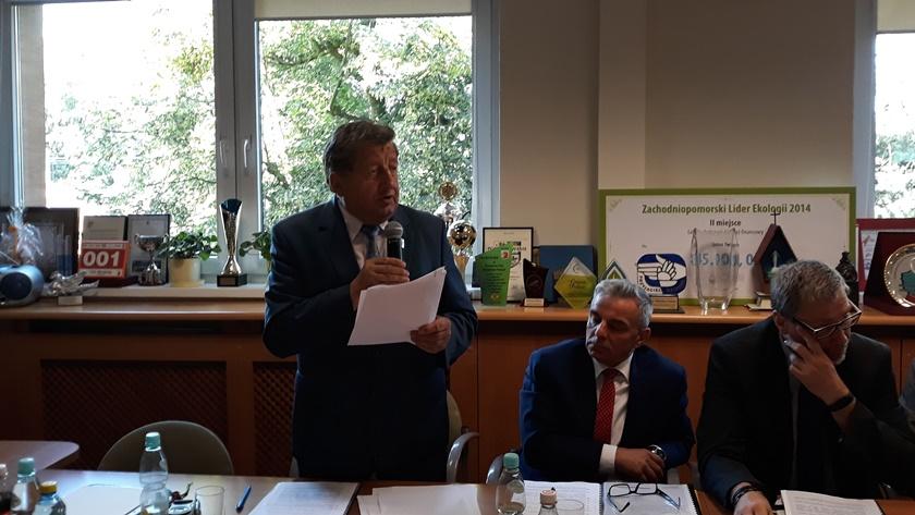 Burmistrz Polic Władysław Diakun i zastępcy - Jakub Pisański i Maciej Greinert