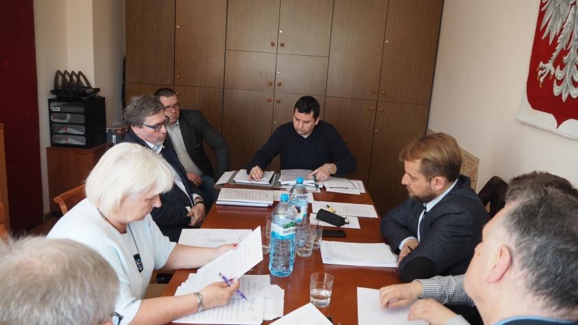 posiedzenie komisji infrastruktury