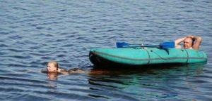 Like a boss-girl pulling boat