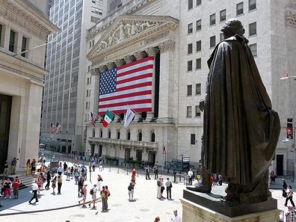 Tis the Season to Be Jolly on Wall Street, Still